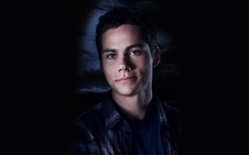 look, actor, face, dylan o'brien
