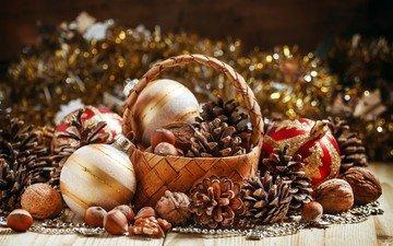новый год, шары, орехи, корзина, рождество, шишки, елочные украшения, фундук, мишура, грецкие орехи
