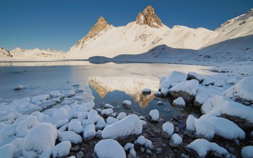 lake, mountains, snow, stones, winter, landscape