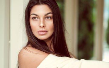 girl, portrait, model, lips, makeup, brown hair, bokeh, joakim oscarsson