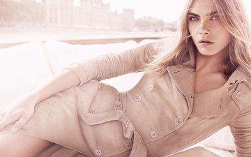 девушка, блондинка, взгляд, модель, волосы, лицо, актриса, пальто, кара делевинь