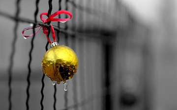 новый год, капли, забор, шар, рождество, елочная игрушка