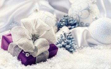 новый год, подарок, рождество, шишки, елочные украшения