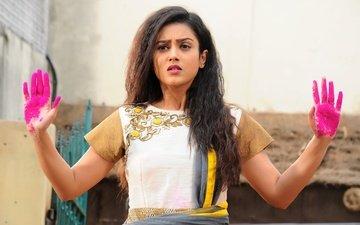 girl, look, paint, hair, face, actress, hands, mishti chakraborty