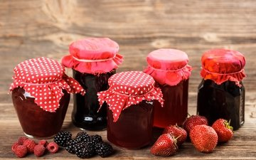 raspberry, strawberry, berries, blackberry, banks, jam, wooden surface