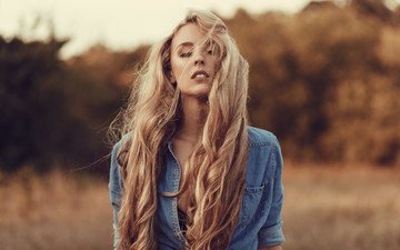 girl, blonde, portrait, model, face, makeup, hairstyle, shirt, long hair, bokeh, closed eyes, dzhinsovka, jade, derrick bias