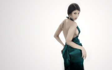 girl, brunette, look, model, back, hair, face, green dress, bare shoulders
