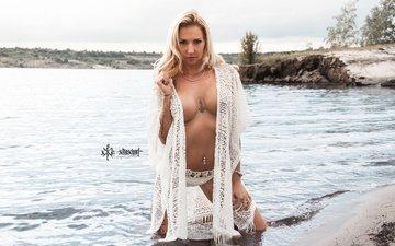 shore, girl, blonde, beach, look, model, chest, hair, face, in the water, taiper aka x-trascharf