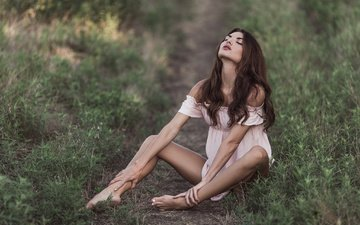 grass, greens, dress, pose, field, brunette, model, sitting, hairstyle, brown hair, nature, bokeh, closed eyes, on earth, bare shoulders, derrick bias, lana