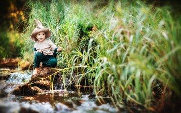 вода, камни, лето, ребенок, мальчик, костюм, шляпа, травы, колпак, irina nedyalkova
