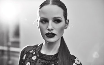 girl, portrait, look, black and white, lips, face, actress, makeup, madelaine petsch, madeline pets