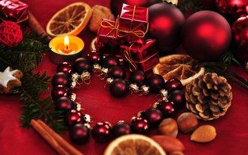 новый год, украшения, орехи, сердце, шарики, свеча, рождество