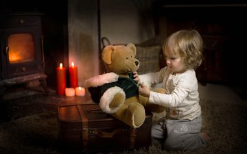 candles, bear, toy, room, the game, child, boy, baby, carpet, suitcase, lynne