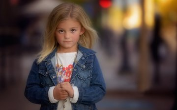 look, children, girl, hair, face, child, chain, dzhinsovka