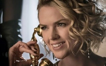 batman, gotham, smile, face, blonde, girl, tv series, season 3, barbara kean