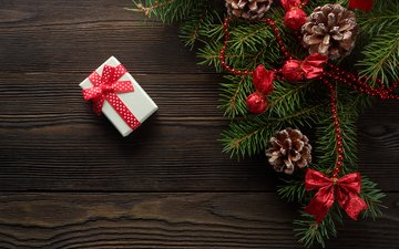 лента, подарок, шишки, коробка, украшение, елочная, ветка ели