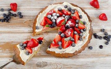 клубника, ягоды, черника, пирог
