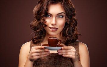 девушка, улыбка, взгляд, кофе, чашка, макияж, прическа, mike orlov