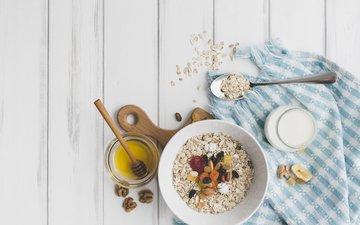 nuts, breakfast, honey, yogurt, dried fruits, oatmeal