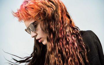 девушка, взгляд, очки, профиль, волосы, лицо, певица, музыкант, фотосессия, граймс, new yorker, клэр буше