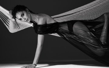 girl, dress, look, black and white, model, hair, face, actress, hammock, gal gadot