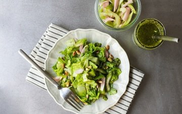 зелень, лук, овощи, соус, салат, фасоль, песто