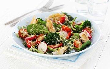 зелень, овощи, мясо, салат, брокколи, редис, помидоры черри, индейка, шпинат