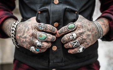 tattoo, hands, skull, bracelet, ring, chain, shirt, vest