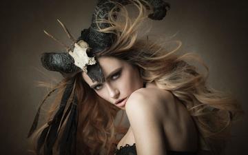 девушка, блондинка, портрет, взгляд, модель, креатив, ведьма, волосы, губы, лицо, рога, joachim bergauer