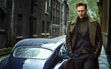 look, actor, street, jaguar, face, costume, male, car, celebrity, tom hiddleston