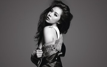 girl, look, black and white, hair, face, singer, tattoo, celebrity, south korea, dzhinsovka, bare shoulder, kpop, kim hyuna