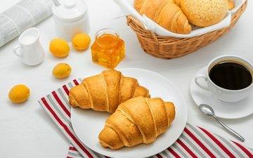 кофе, джем, завтрак, молоко, выпечка, абрикосы, булочка, круассаны