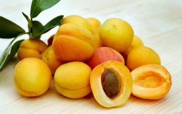 листья, фрукты, плоды, косточка, абрикосы, спелые