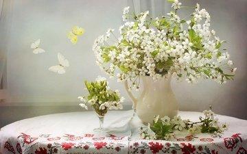 цветы, вышивка, стол, бокал, вишня, бабочки, ваза, скатерть