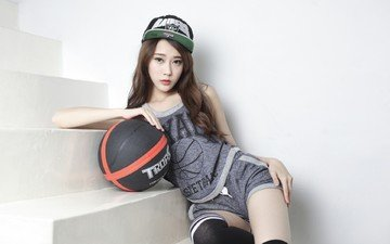 девушка, взгляд, волосы, лицо, мяч, азиатка, кепка, шорты, баскетбол