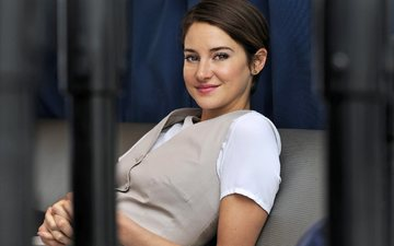 girl, smile, look, model, face, actress, celebrity, shailene woodley