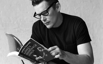 glasses, black and white, actor, book, ethan hawke