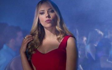 платье, блондинка, взгляд, актриса, красное платье, скарлетт йоханссон, декольте