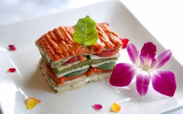 flower, sandwich, vegetables, plate, lasagna