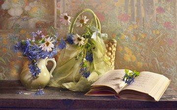 цветы, доски, ромашки, кувшин, книга, платок, сумка, валентина колова