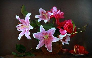 цветы, листья, розы, лепестки, букет, чашка, ваза, лилии, натюрморт