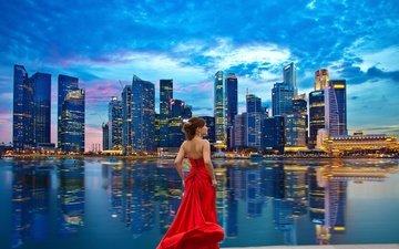 девушка, отражение, город, модель, красное платье, сингапур