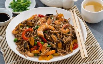 горох, перец, соус, морепродукты, креветки, мидии, лапша, паста, зеленый горошек