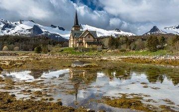 небо, облака, горы, храм, норвегия, vågan, the lofoten cathedral