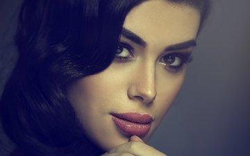 глаза, девушка, улыбка, портрет, брюнетка, взгляд, волосы, губы, лицо, an la