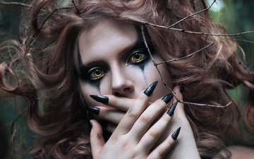 girl, look, model, hair, face, makeup, manicure, yellow eyes, black nails, galkonda