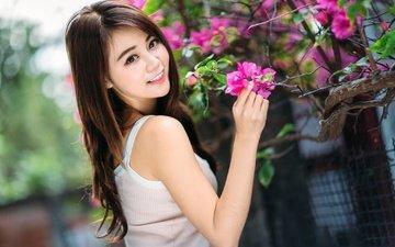 цветы, девушка, улыбка, взгляд, волосы, азиатка, боке