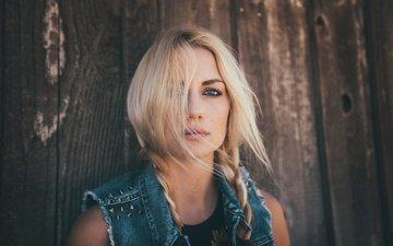 девушка, блондинка, портрет, взгляд, модель, лицо, ветер, косички