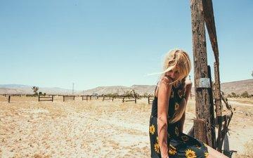 девушка, платье, блондинка, сидит, коса, закрытые глаза