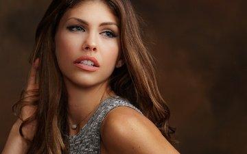 девушка, фон, портрет, взгляд, модель, волосы, губы, лицо